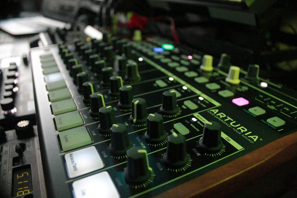 Synthesizer, Drums, Music Studio, Music