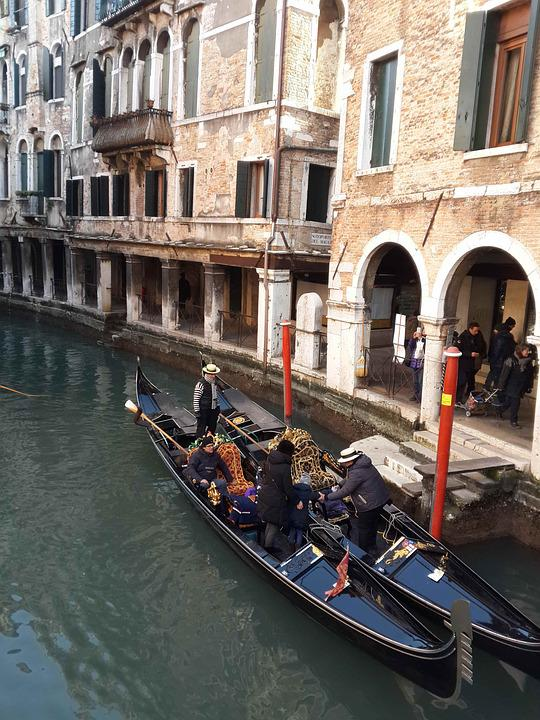 Italy, Venice, Gondola, Dubel Parking, Water, City