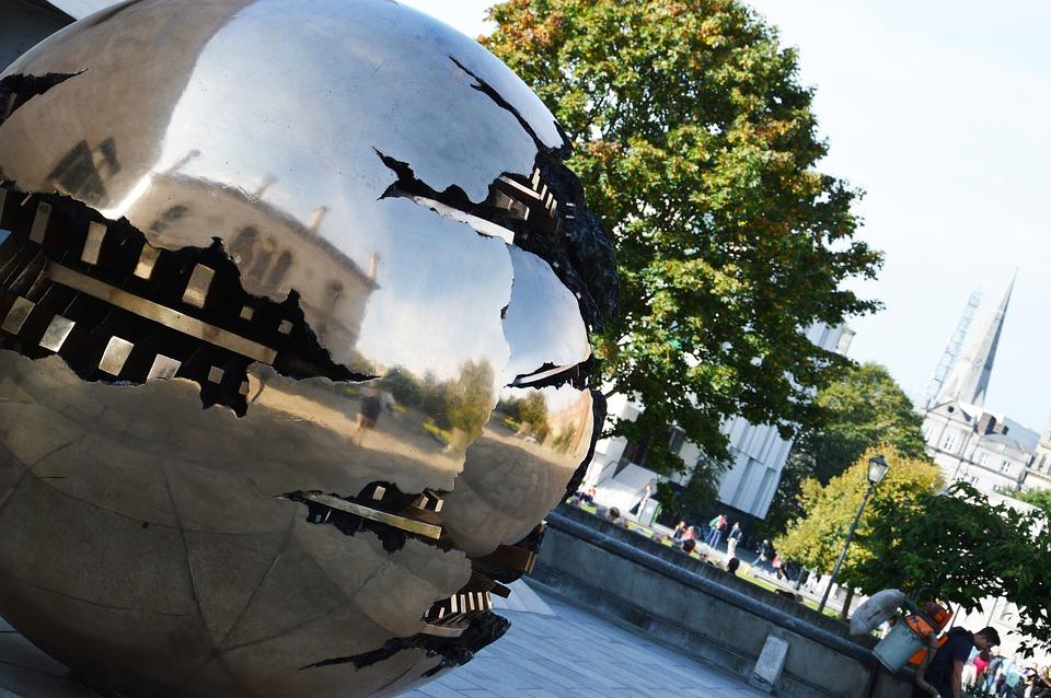 Trinity College, Dublin, Sculpture