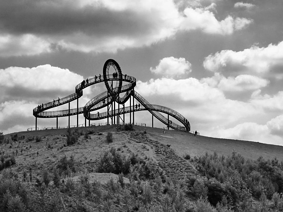 Looping, Artwork, Duisburg, Anger Park, Black And White