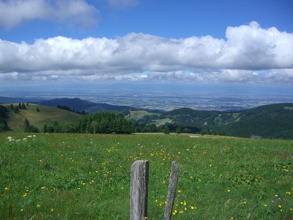 Dump, Münstertal, Rhine Valley, Clouds