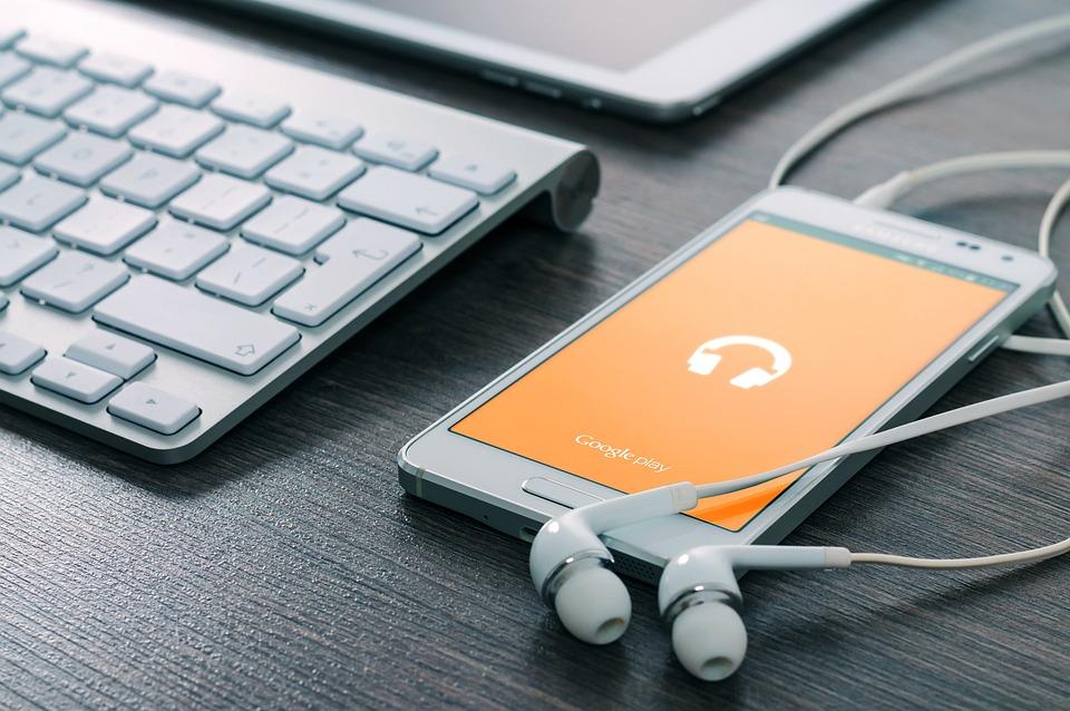 Samsung, Phone, Music, Play, Earphones, Playing Music