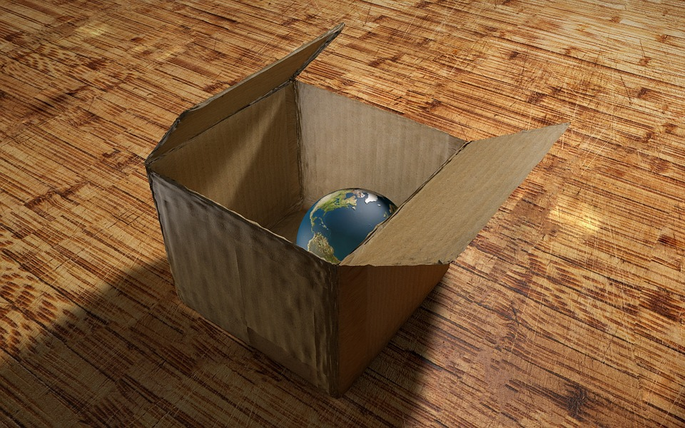 Cardboard Box, Plneta, Earth, Box, Table