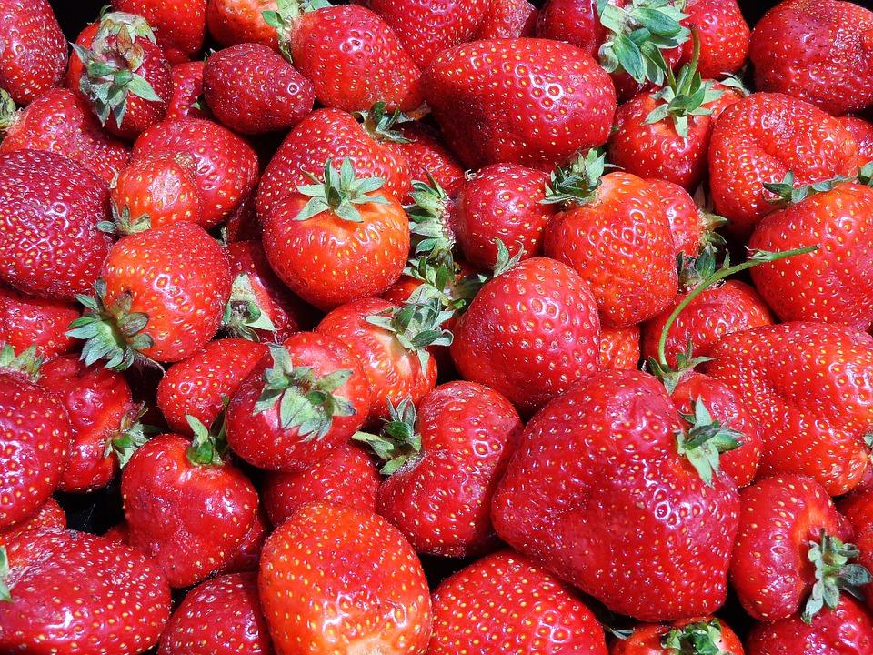 Strawberries, Fruit, Eating, Strawberry, Dessert, Eat