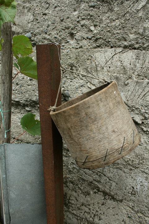 Bucket, Georgia, Village, Economy