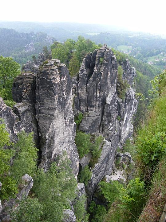 Elbe Sandstone Mountains, Schrammsteine, Elbe