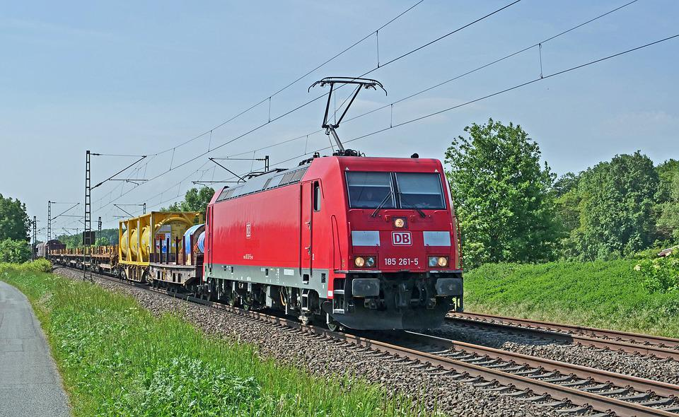 Mixed Freight Train, Main Line, Electric Locomotive