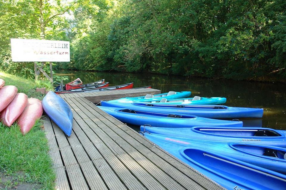 Emden, Canoes, Boot