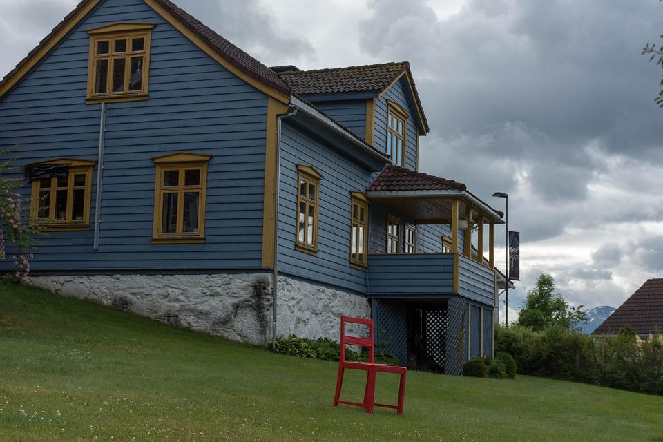 House, Enclosure, Architecture, Family, Building