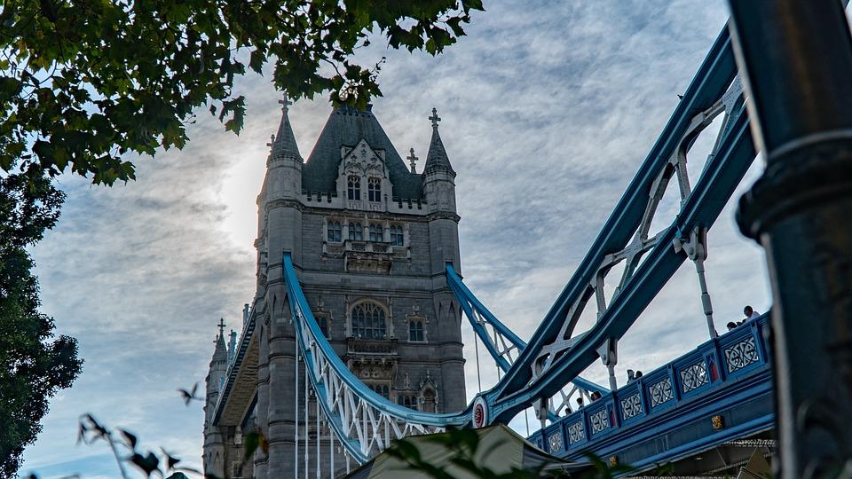 Bridge, Architecture, London, Sky, Clouds, England