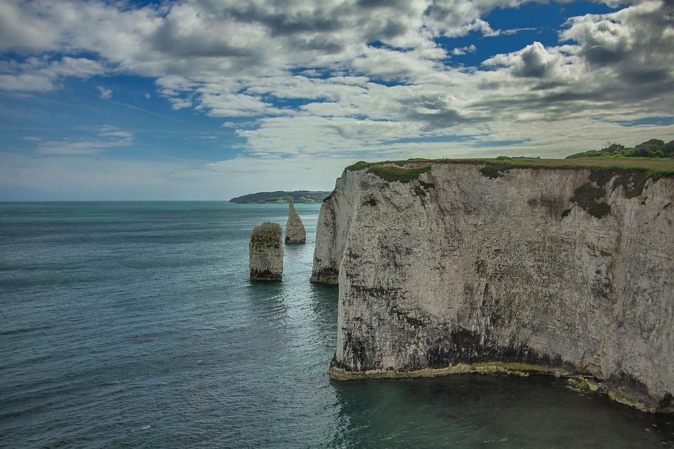 Old Harry Rocks, Reefs, Ocean, England