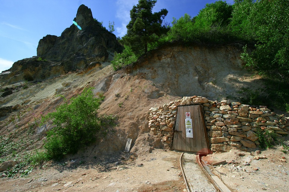 Mine Entrance Door Underground Rail Railroad & Free photo Entrance Mine Door Rail Railroad Underground - Max Pixel Pezcame.Com
