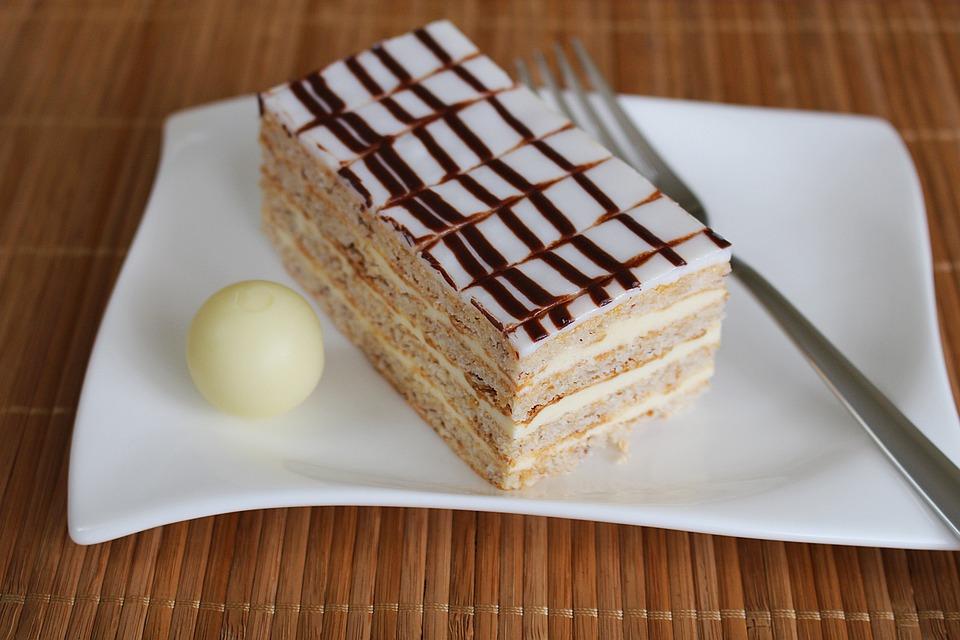Eszterhazyschnitte, Cream Slice, Dessert