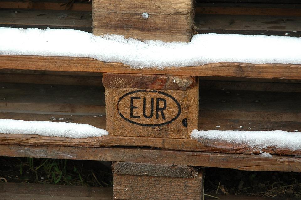 Euro Pool Range, Euro Pallets, Range, Euro, Snow