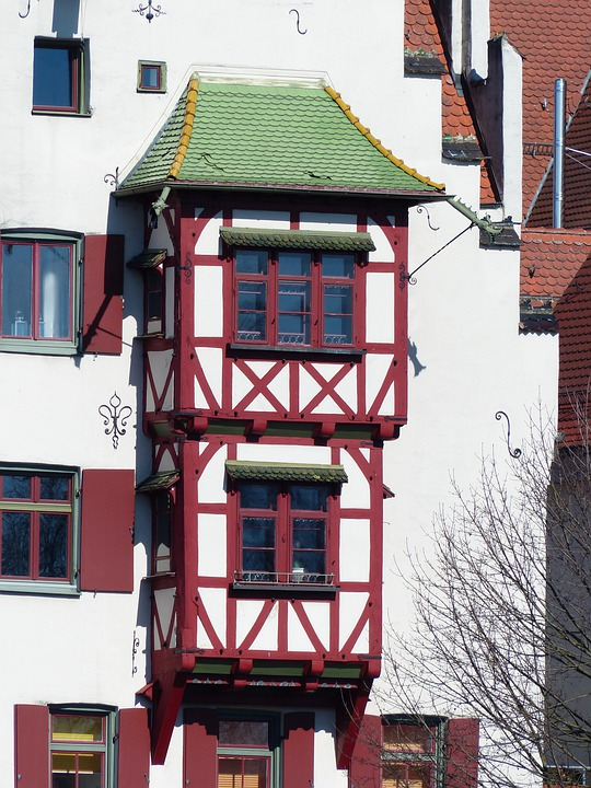 Bay Window, Hauswand, Expansion, Stem, Balcony, Facade