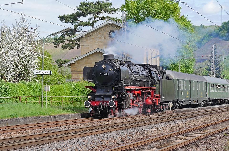 Steam Locomotive, Express Train