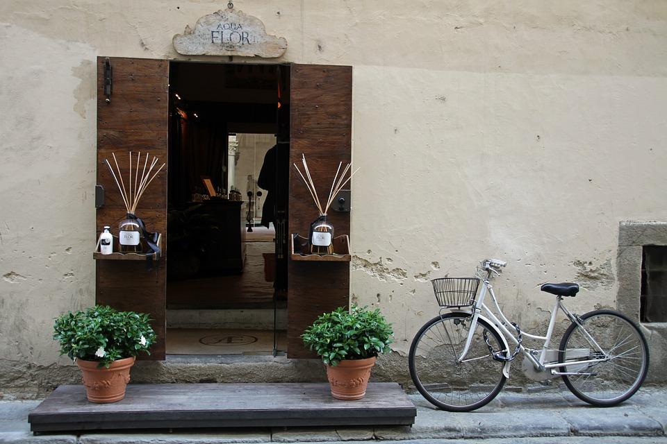 Bicycle, Door, Blinds, Vintage, Street, Exterior