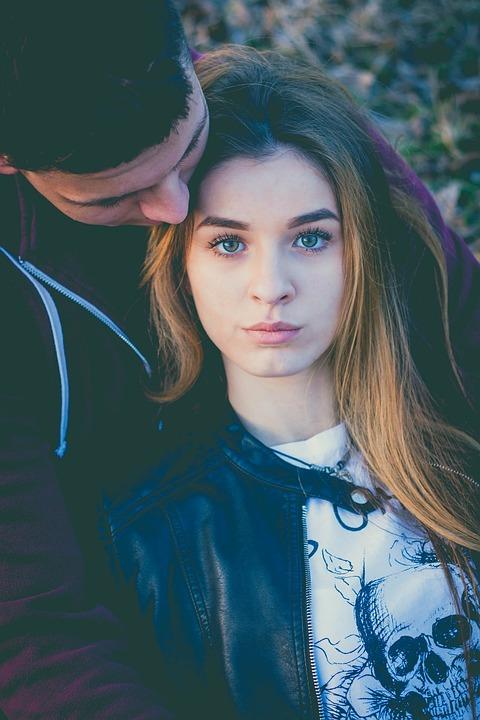 Eye Beauty About Love Couple Hug Portrait 1212096 - El paso previo al amor