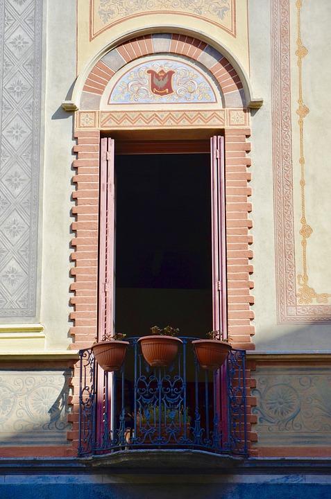 Balcony, House Facade, Building, Facade, Architecture