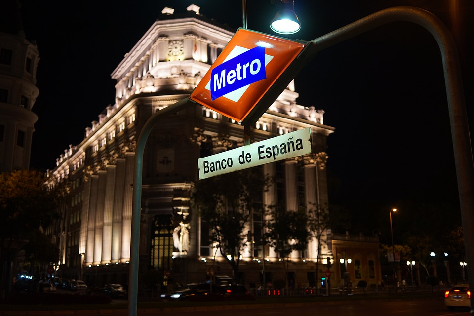 Metro, Madrid, Bank, Facade, Spain, City View, Building