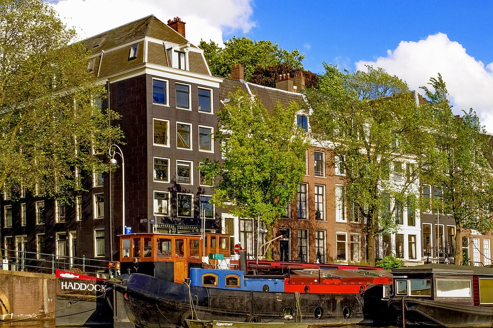 House, Building, Facade, Brick, Barge, Canal, Waterway