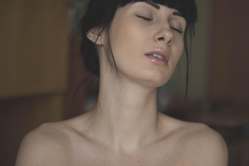 Free nude female models