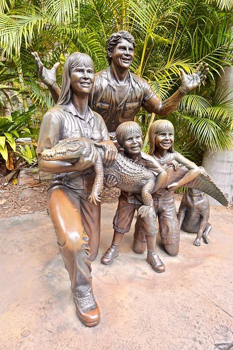 free photo family monument statue tourism steve irwin bronze max pixel
