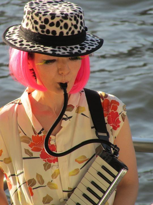 Fashion, Japan, Instrument