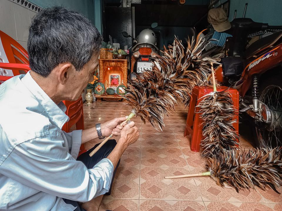 Father, Traditional Job, Feather Duster