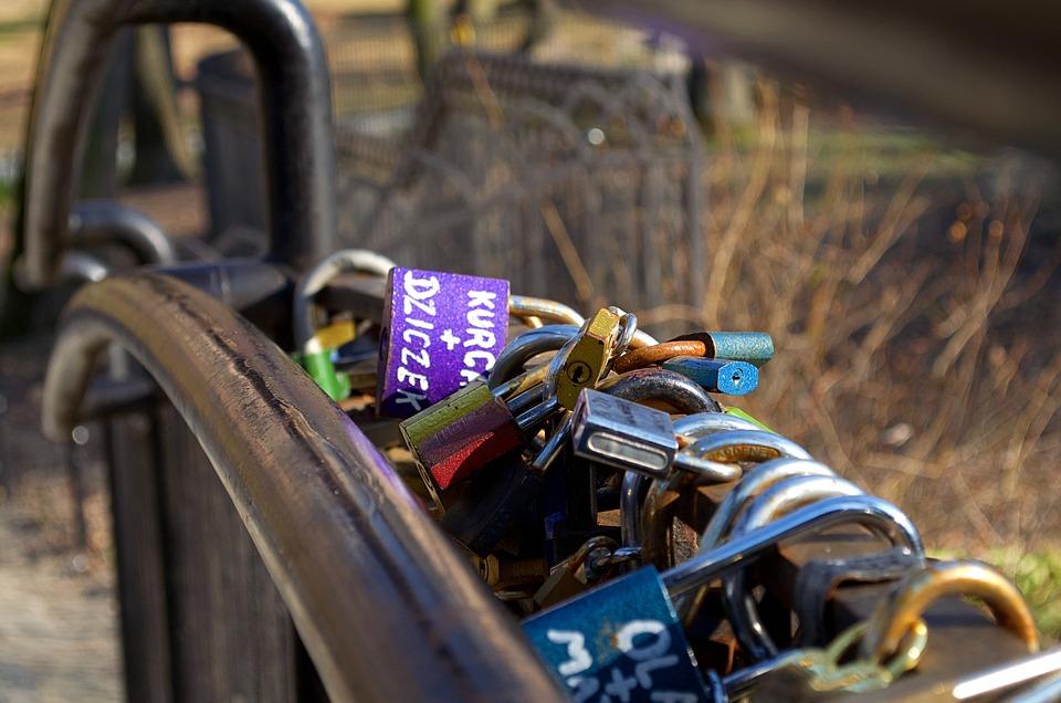 Padlocks, Memory, Feeling, Love, Symbols, Romanticism