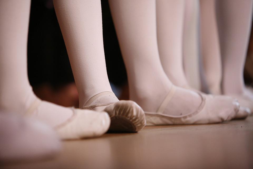 Ballet, Foot, Feet, Dance, Wait, Ballet Shoes, Legs
