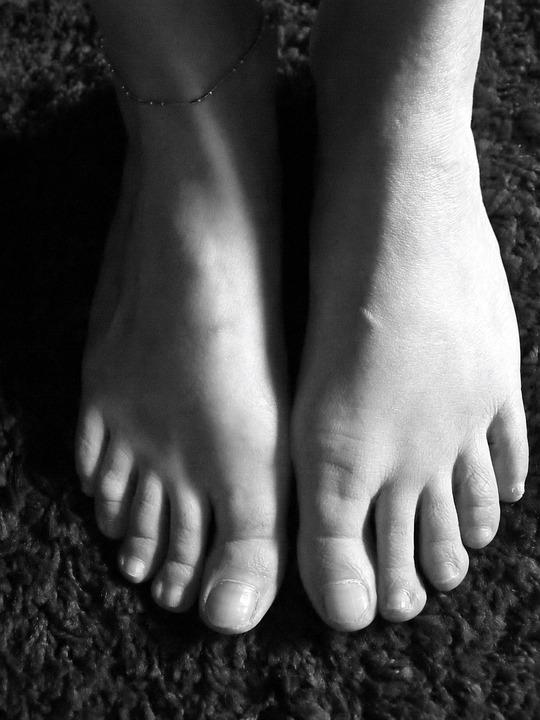Feet, Stable, Barefoot, Run