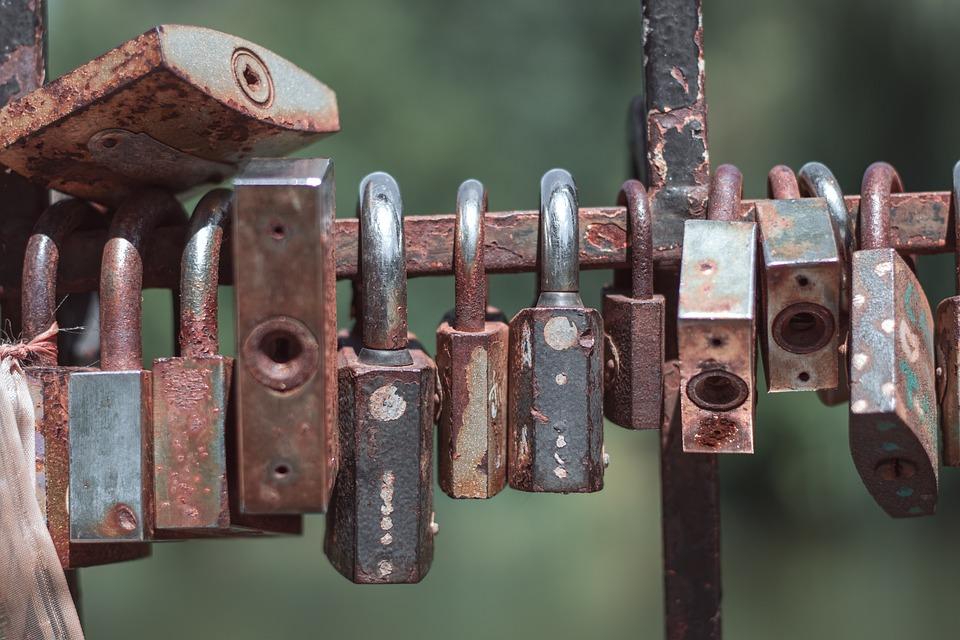 Castle, Rust, Old, Metal, Fence, Padlocks