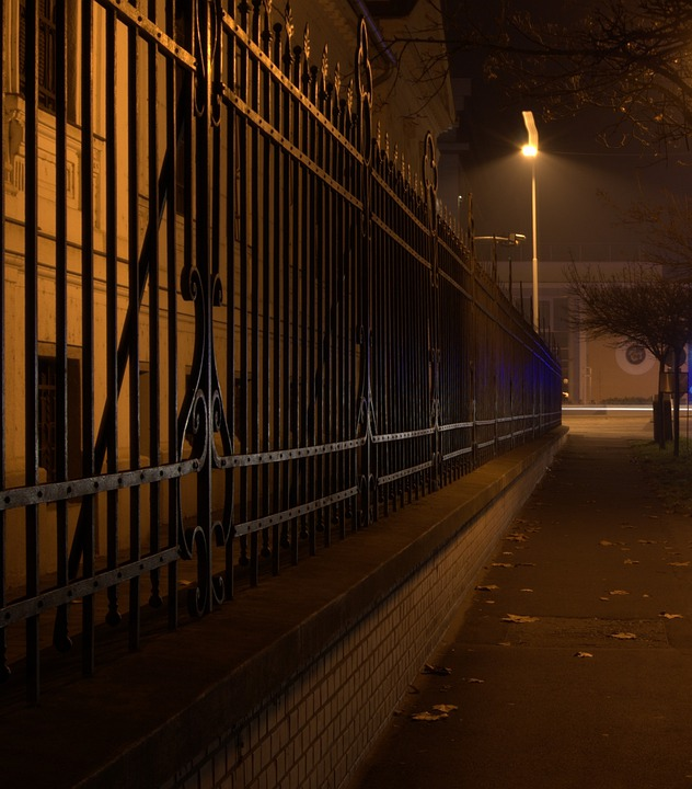 Street, Fence, Békéscsaba, Evening Light