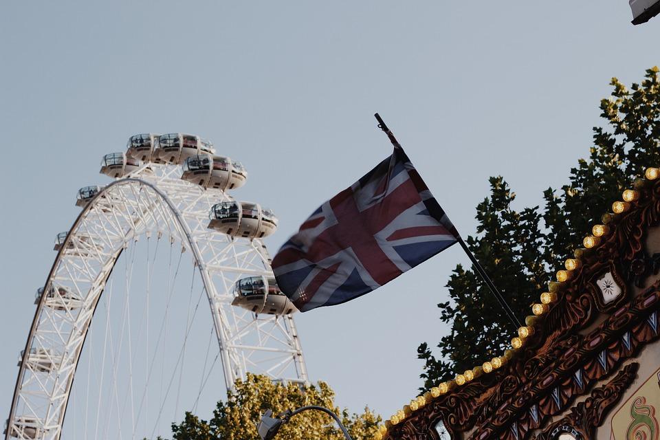 Union Flag, Ferris Wheel, London Eye, Carousel, Scene