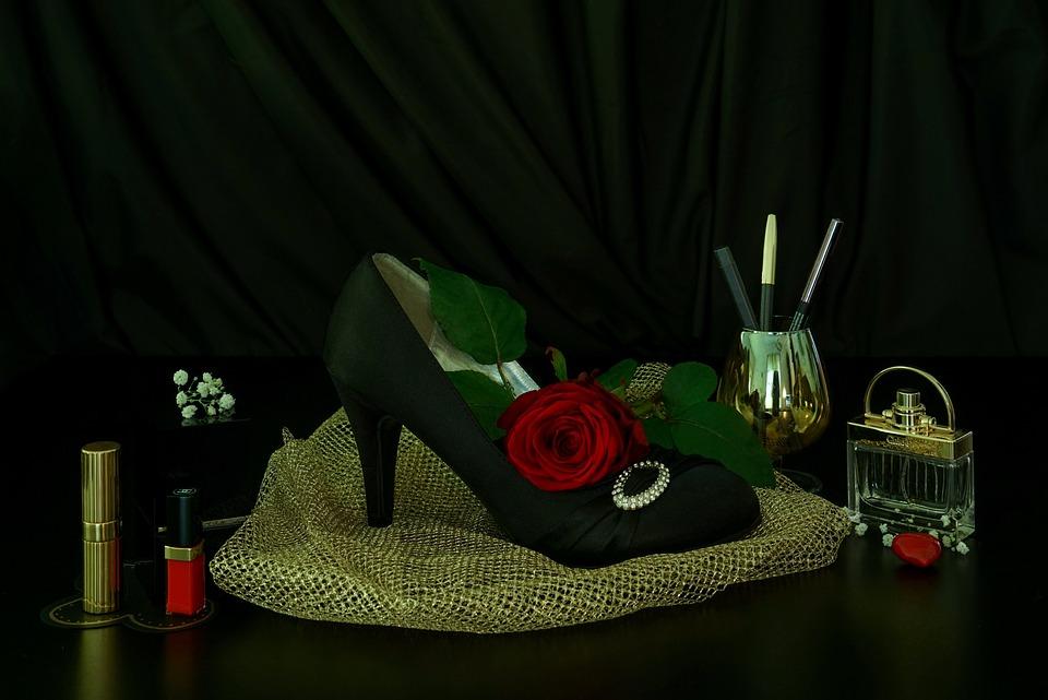 Black-red Gold, Still Life Elegant, Festive, Noble
