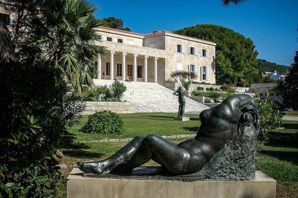 Museum, Building, Architecture, Statue, Art, Fig