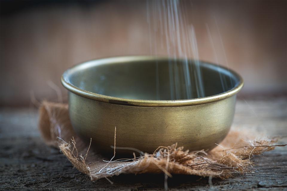 Bowl, Brass Bowl, Vessel, Filling, A Trickle, Semolina