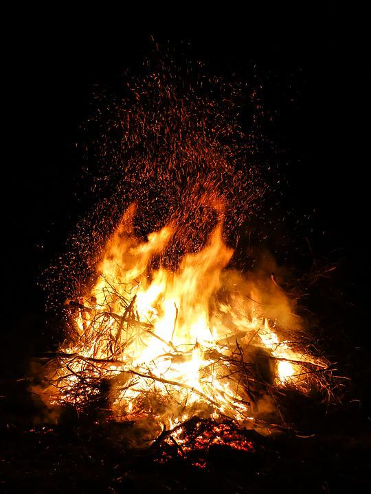 Fire, Easter Fire, Flame, Easter, Campfire, Blaze
