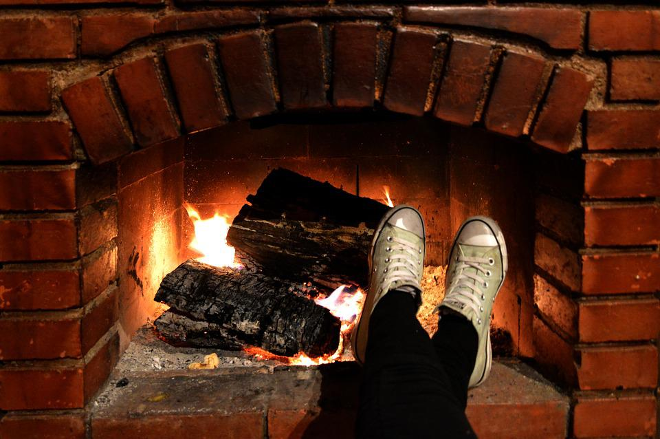 Fireplace, Chill, Feet, Shoes, Converse