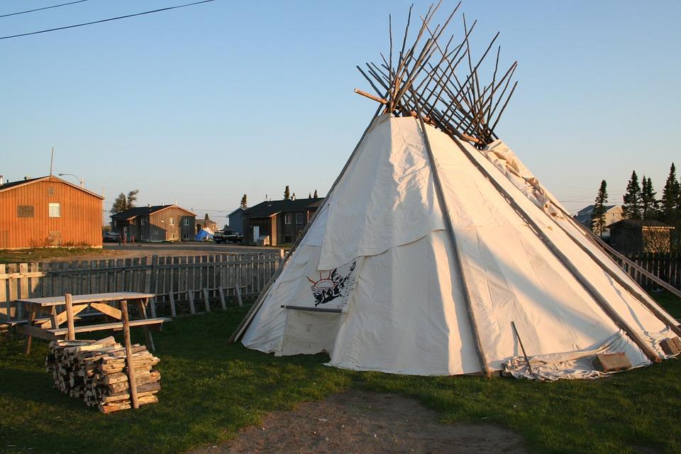 Tipi Teepee Sabtuan Tent Aboriginal First Nation & Free photo First Nation Sabtuan Tipi Teepee Aboriginal Tent - Max ...
