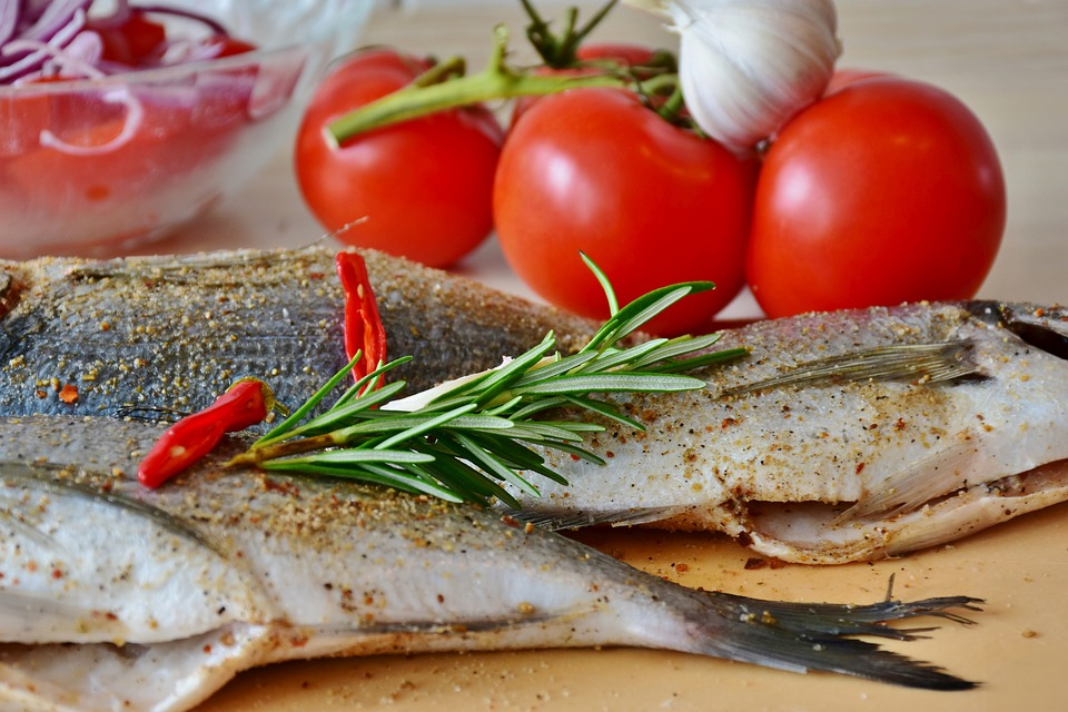 Fish, Sea Bream, Raw, Uncooked, Potatoes, Tomatoes