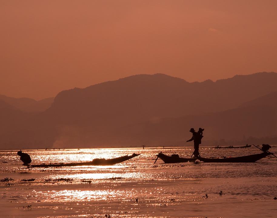 Burma, Inle Lake, Fishermen