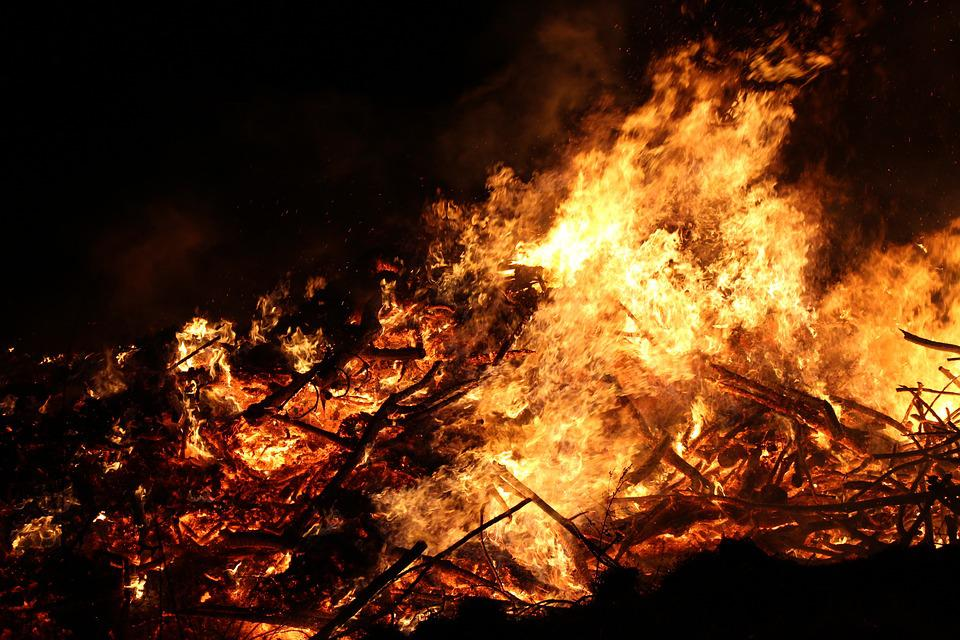 Easter Fire, Fire, Flame
