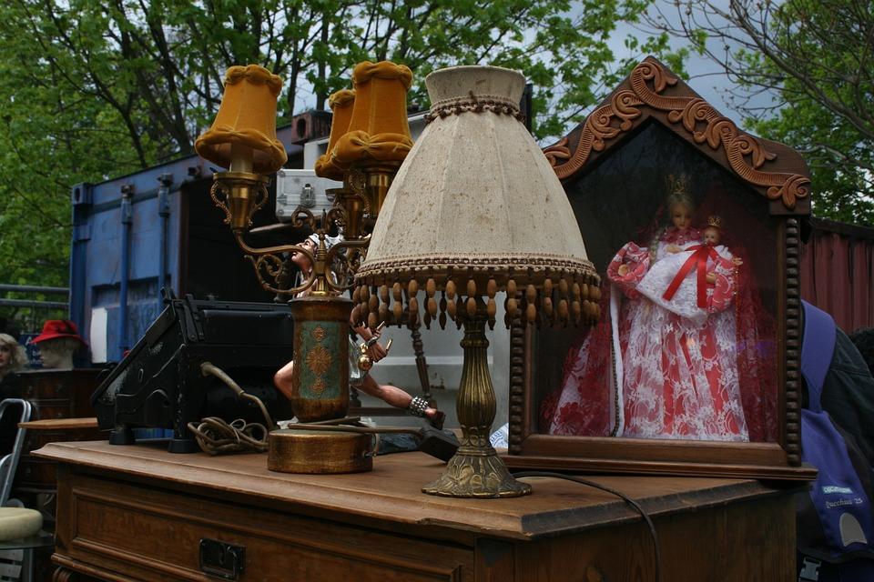 Flea Market, Berlin, Mauerpark, Lamp