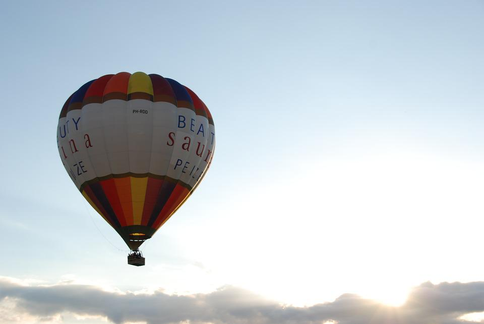 Balloon, Hot Air Balloon, Fly, Float, Air, Clouds