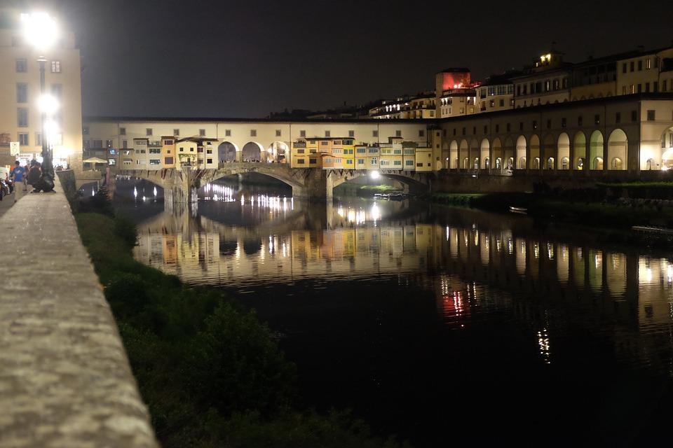 Florence, Ponte Vecchio, Tuscany, Italy, Night