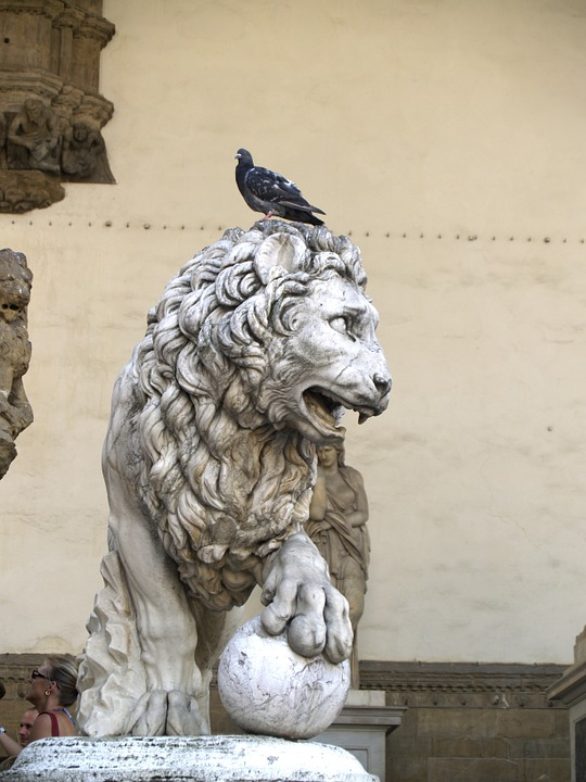Leo, Florence, Italy, Statue