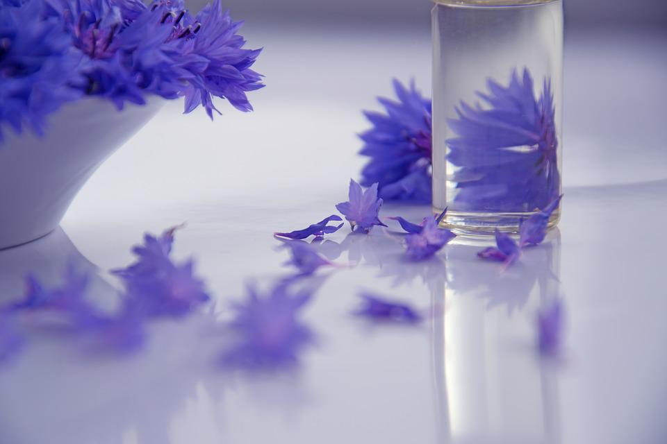 Essential Oils, Cosmetology, Flowers, Medicine