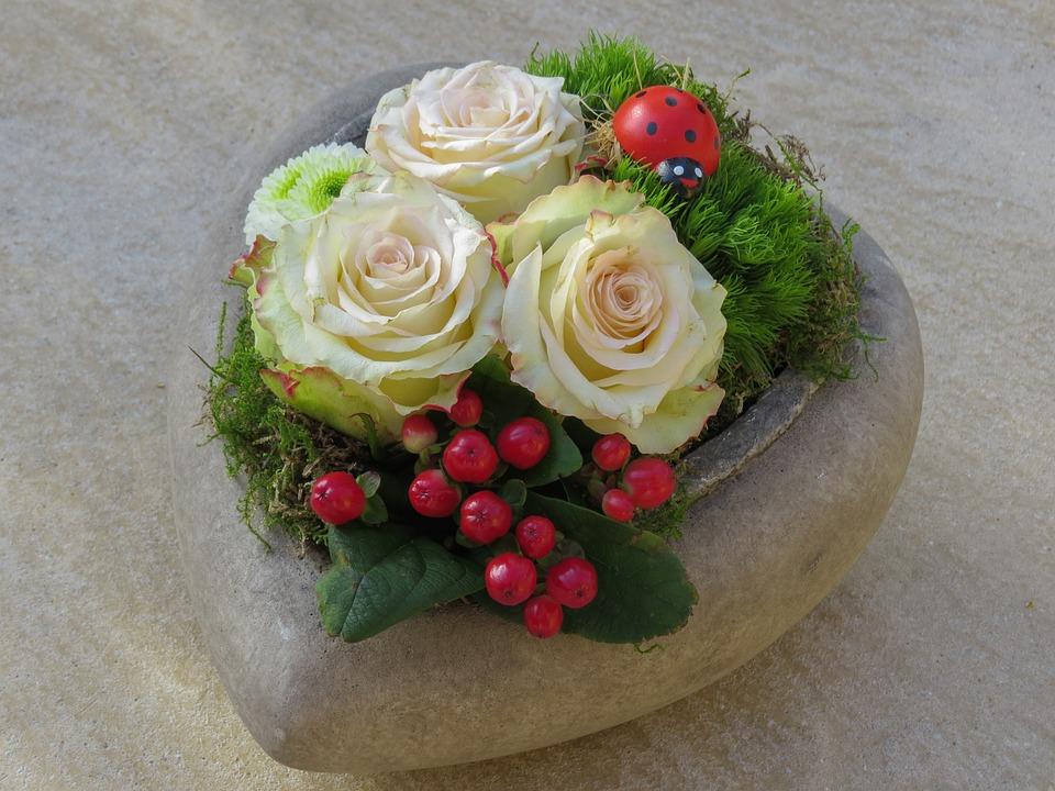 Rose Heart, Three Roses, Flowers, Berries